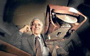 Fallece Doug Engelbart. ¿Sabes quién era?, pues trabajas a diario con su invento